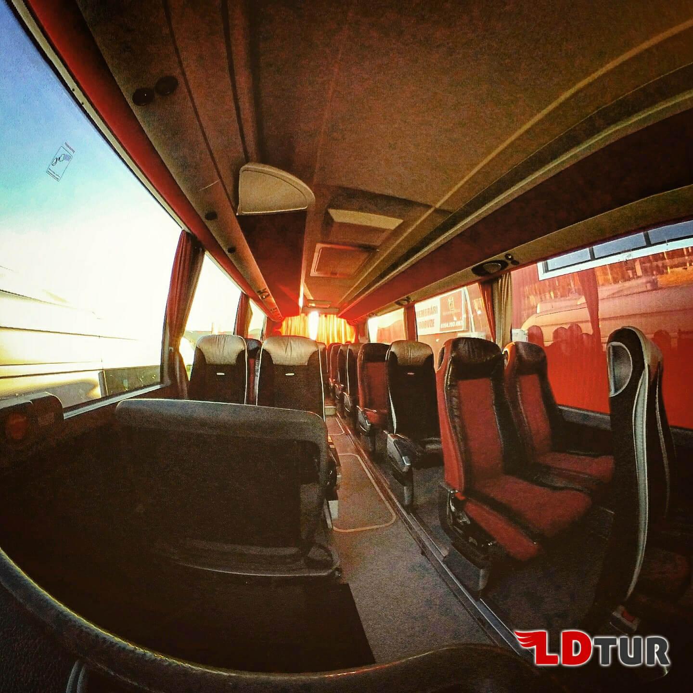 Inchiriere autocar microbuz excursii evenimente neamt bacau